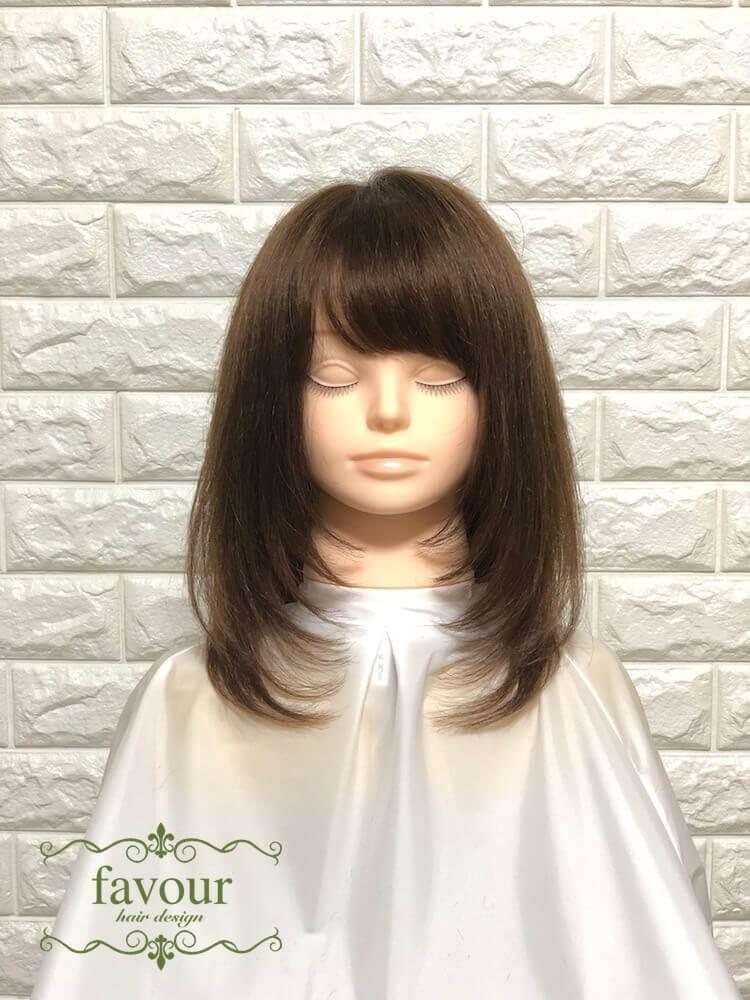 髪型 セミロング レイヤー ストレート