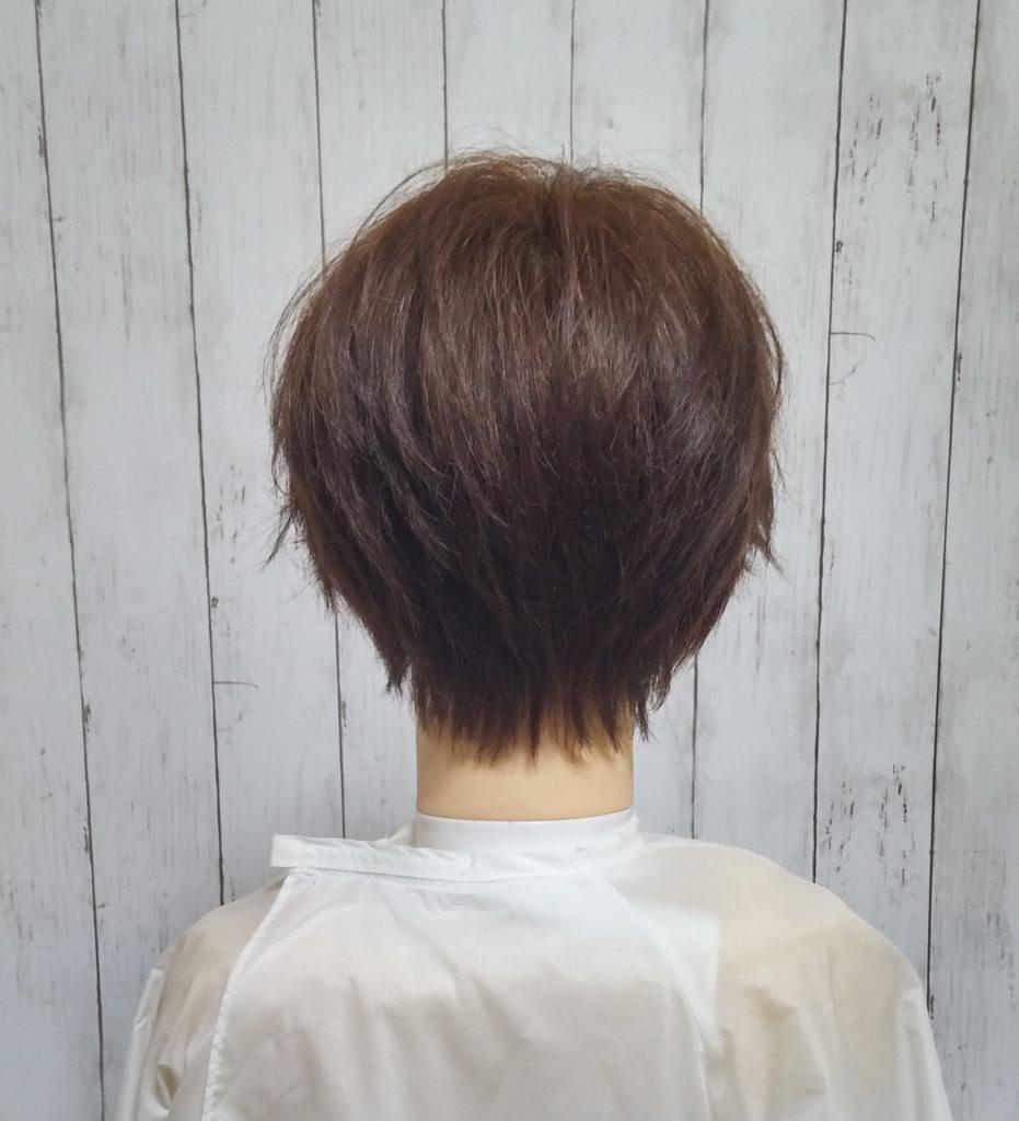 吉瀬美智子の髪型後ろ