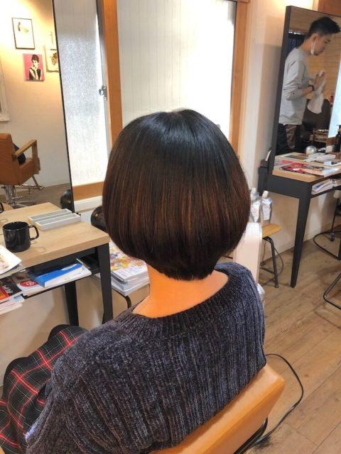 縮毛矯正 うまい 切っても丸さが持続する 丸みのある縮毛矯正